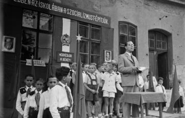 1947: Hetven éves úttörőmozgalom