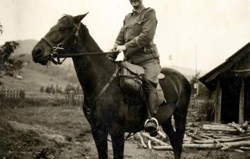 1970: Erb Jenő munkaszolgálatos századparancsnok-helyettes a II. világháborúban