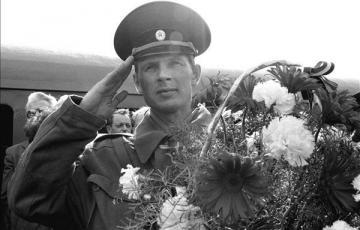 """1990: """"Határozottság és rugalmasság"""" - a szovjet csapatok kivonása"""