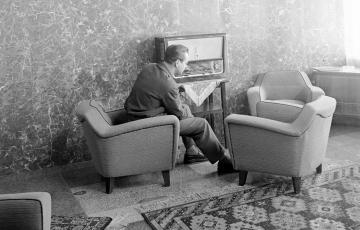 1955: A Varsói Szerződés propagandája a Magyar Rádióban – 1955